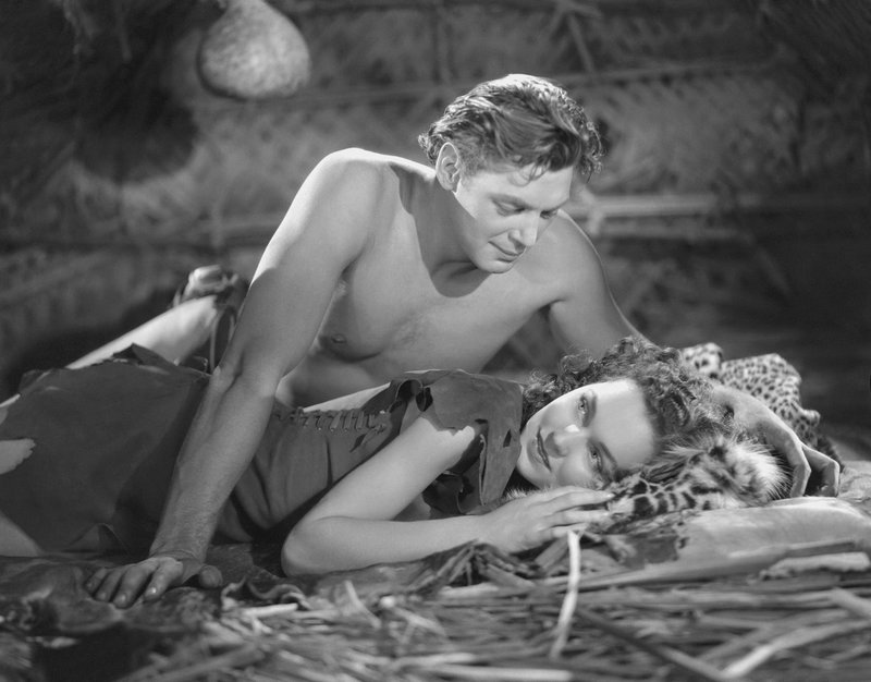 Tarzan (Johnny Weissmuller, l.); Jane (Maureen O'Sullivan, l.) – Bild: 1936 Warner Bros. Entertainment Inc. All Rights Reserved. Lizenzbild frei
