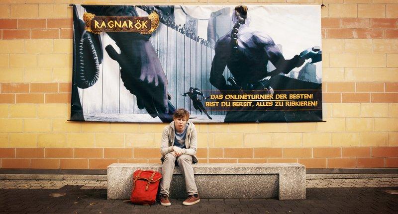 Jan (Moritz Jahn) ist offline. – Bild: SWR/Rat Pack Filmproduktion