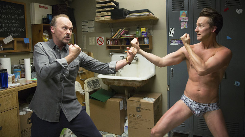 Birdman Michael Keaton als Riggan Thomson, Edward Norton als Mike SRF/2014 Twentieth Century Fox Film Corporation – Bild: SRF1
