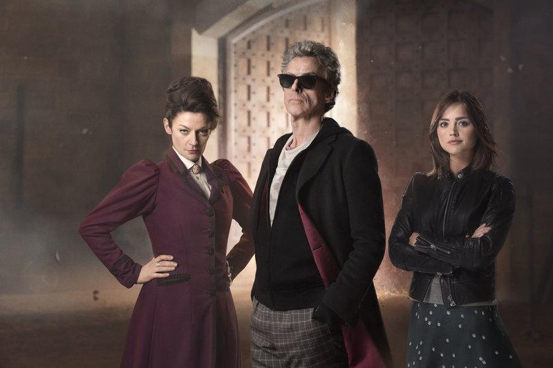 Missy (Michelle Gomez), The Doctor (Peter Capaldi), Clara Oswald (Jenna Coleman) – Bild: BBC/BBC Worldwide 2015