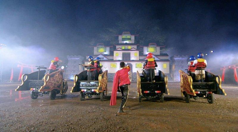 "Scene from ""Takeshi's Castle Indonesia"" – Bild: Comedy Central"