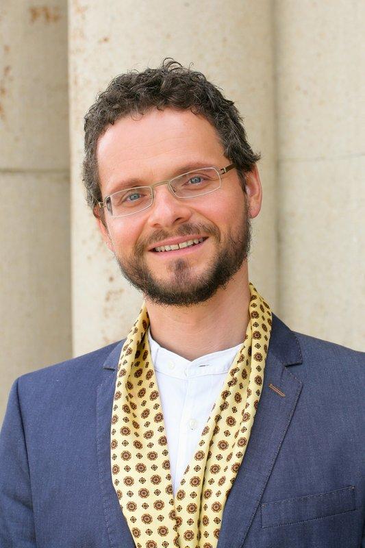 Matthias Rogner (Stefan Puntigam). – Bild: ORF 2