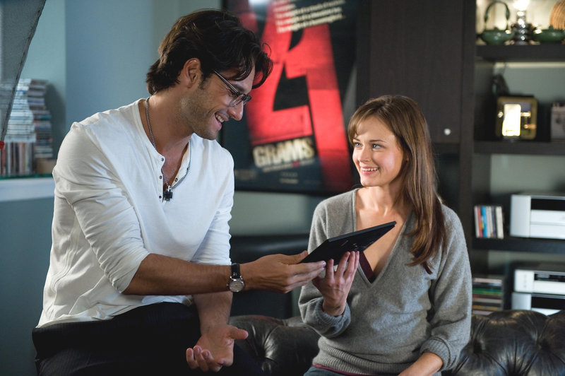 Rodrigo Santoro, Alexis Bledel – Bild: ?? 2009 TWENTIETH CENTURY FOX FILM CORPORATION. ALL RIGHTS