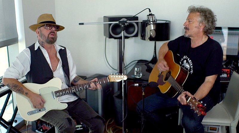 """Wolfgang Niedecken und Dave Stewart (""""Eurythmics"""", l) spielen zusammen. – Bild: WDR/Kobalt productions GmbH"""