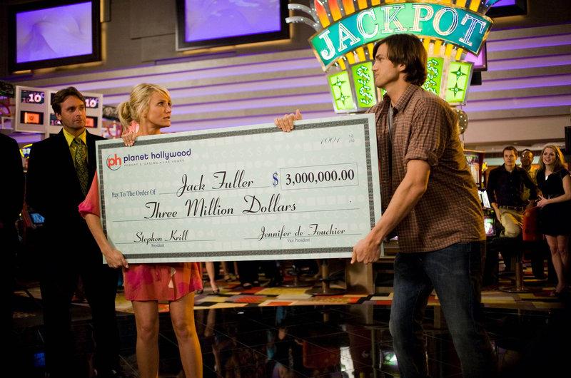 Joy McNally (Cameron Diaz, l.); Jack Fuller (Ashton Kutcher, r.) – Bild: Credit: © 2008 Twentieth Century Fox and,