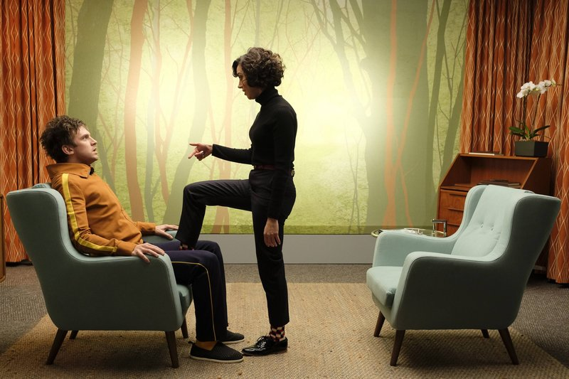 """LEGION -- """"Chapter 6"""" ? Season 1, Episode 6 (Airs Wednesday, March 15, 10:00 pm/ep) -- Pictured: (l-r) Dan Stevens as David Haller, Aubrey Plaza as Lenny """"Cornflakes"""" Busker. CR: Michelle Faye/FX – Bild: Michelle Faye / Michelle Faye / Copyright 2017, FX Networks. All rights reserved."""