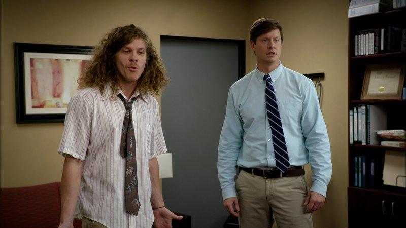 L-R: Blake Henderson (Blake Anderson), Anders Holmvik (Anders Holm) – Bild: Comedy Central
