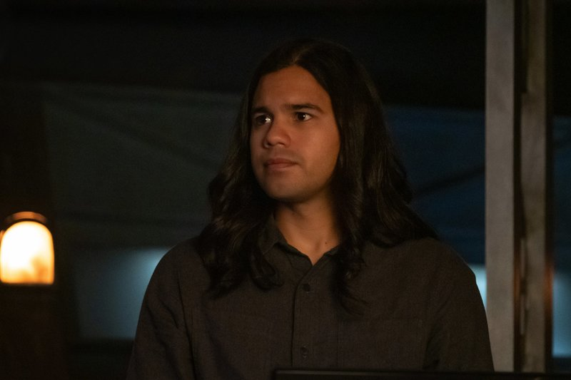 Cisco Ramon (Carlos Valdes) – Bild: 2019 The CW Network, LLC. All rights reserved. / Katie Yu Lizenzbild frei