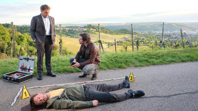 Tatort - Du allein Richy Müller als Kriminalkommissar Thorsten Lannert, Felix Klare als Kriminalkommissar Sebastian Bootz. SRF/SWR/Benoît Linder – Bild: SRF1