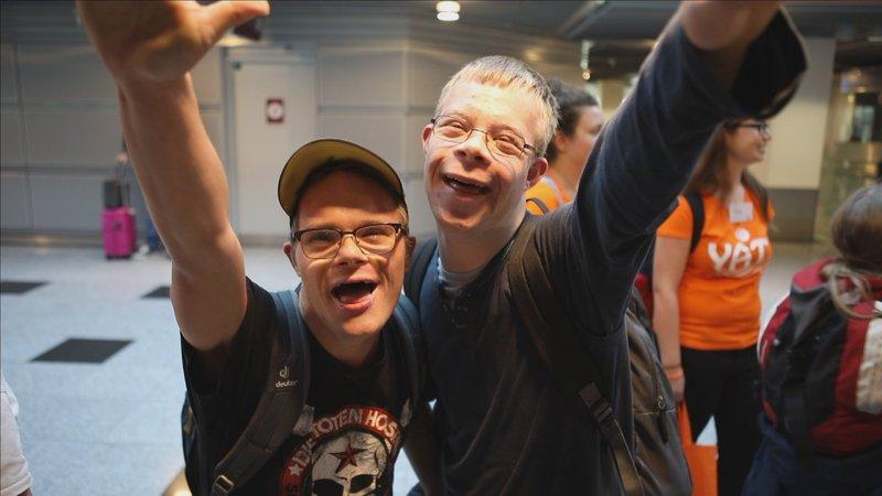 Linus Neuwerth (l.) und Jonas Kampert – Bild: TVNOW / Sascha Gröhl