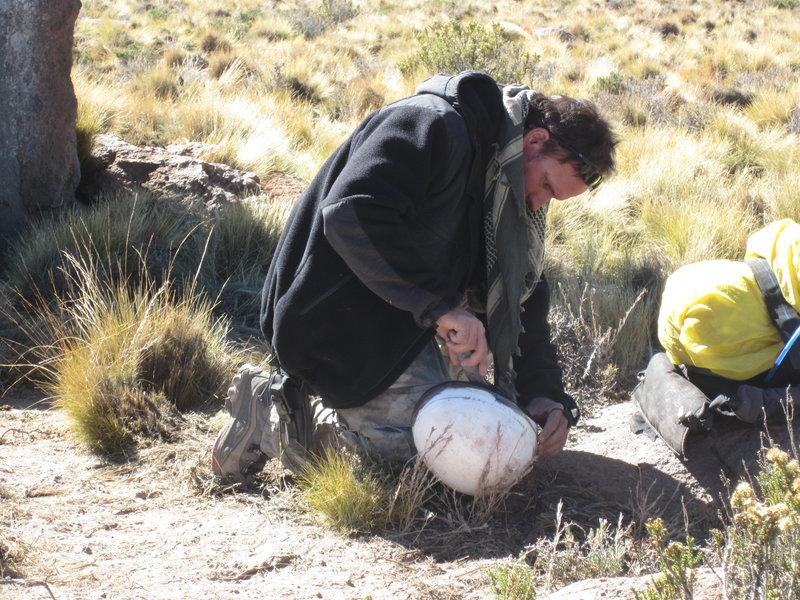 Die beiden Survival-Experten Cody Lundin _ überzeugter Vegetarier und Öko-Freak _ und sein Kompagnon Dave Canterbury, ein ehemaliger Spezialeinheiten-Ausbilder beim US-Militär – Bild: Discovery Communications, Inc.