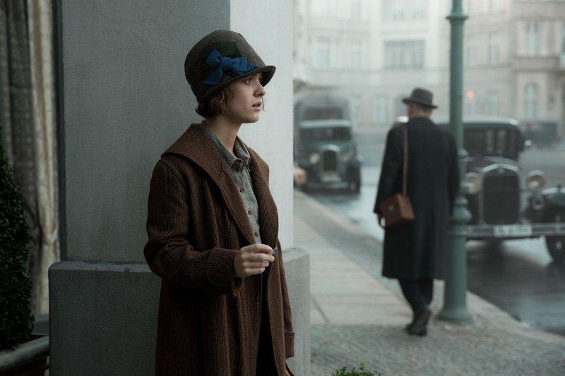 Liv Lisa Fries (Charlotte Ritter) – Bild: RTS 1