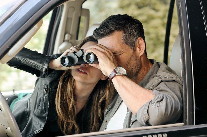 Sam Swift (Rachel Bilson) und Eddie Valetik (Eddie Cibrian) – Bild: VOX