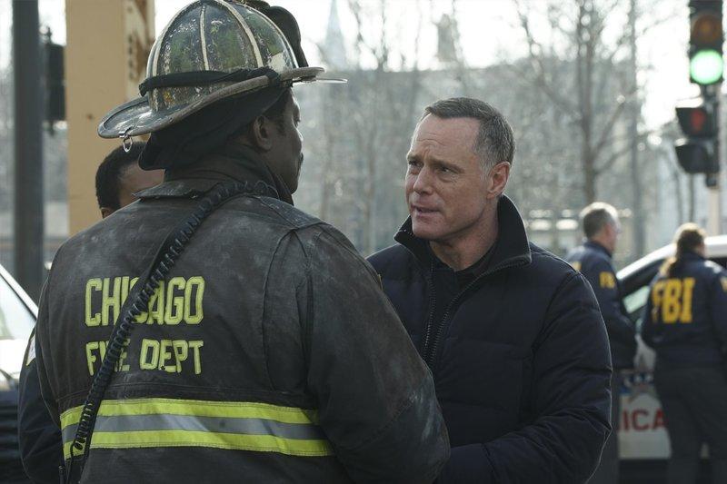 "-- ""Deathtrap"" Episode 516 -- Pictured: Jason Beghe as Hank Voight -- (Photo by: Elizabeth Morris/NBC) – Bild: Universal TV"