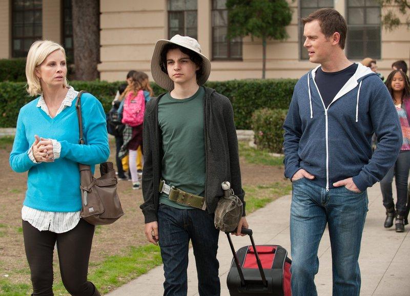 Smartphone-Folgen (Staffel 5, Folge 18) – Bild: SRF/NBC Universal