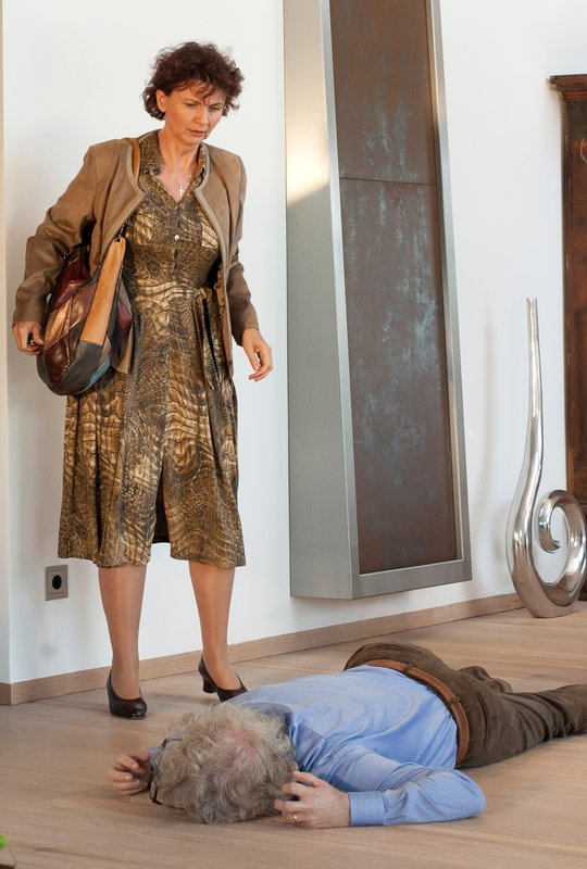 Angela Hobrig (Anna Kosenko), Timothy McLeish (Jeff White). – Bild: ORF III