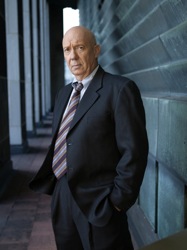 LAW & ORDER: SPECIAL VICTIMS UNIT -- Pictured: Dann Florek as Capt. Donald Cragen -- NBC Photo: Virginia Sherwood – Bild: Universal Channel