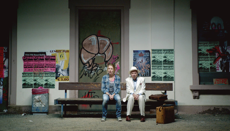 Greta Tullner (Katja Studt) und Walter Singer (Horst Sachtleben). – Bild: HR