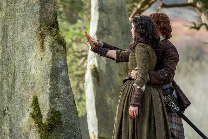 Caitriona Balfe (Claire Randall Fraser), Sam Heughan (Jamie Fraser). – Bild: ORF 2