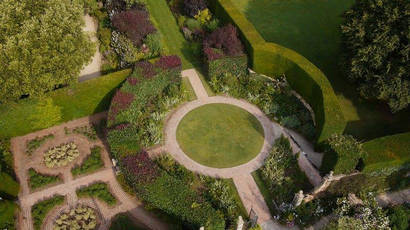 Der Hidcote Manor- Garten in Gloucestershire – Bild: RTL Living