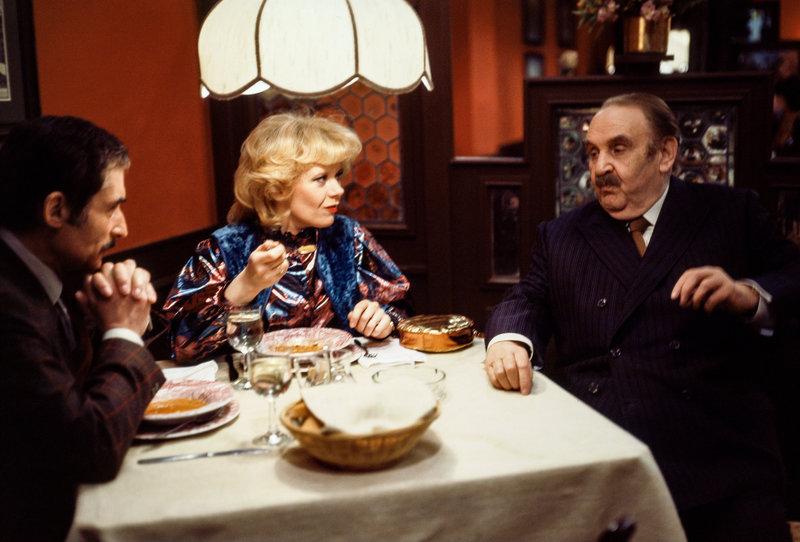 Das Restaurant zum guten Engel (Staffel 1, Folge 8) – Bild: ORF III
