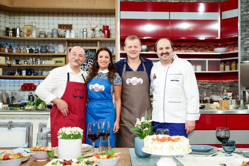 Horst Lichter, Christine Neubauer, Marc Bator, und Johann Lafer. – Bild: ZDF und Ulrich Perrey