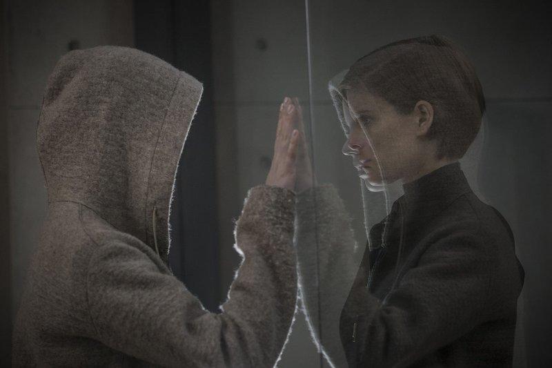 Morgan (Anya Taylor-Joy, l.); Lee Weathers (Kate Mara, r.) – Bild: 2016 Twentieth Century Fox Film Corporation. All rights reserved./Aidan Monaghan Lizenzbild frei