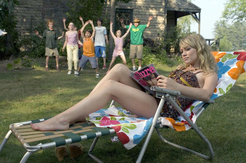 Lorraine Baker (Hilary Duff) – Bild: Puls 8