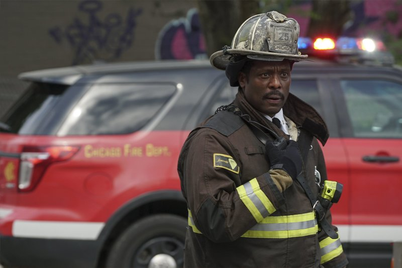 """-- """"Nobody Else Is Dying Today"""" Episode 504 -- Pictured: Eamonn Walker as Wallace Boden -- (Photo by: Elizabeth Morris/NBC) – Bild: Universal TV"""