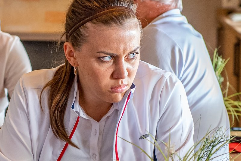 Alina Schaller (Silke Bachler). – Bild: ORF 1