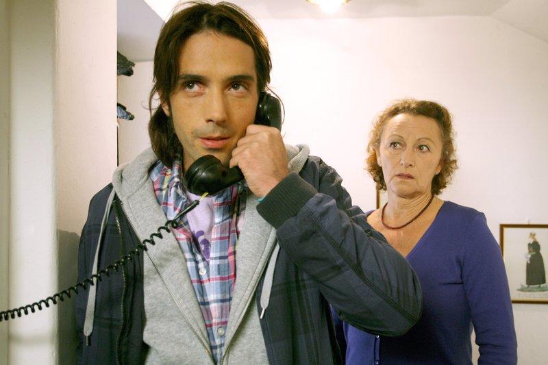 René Rebeiz (Florian Kaltenthaler), Elisabeth Rath (Elisabeth Janisch). – Bild: ORF III
