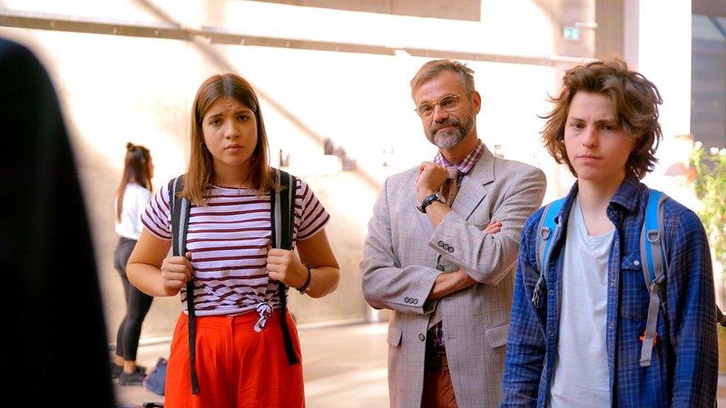 L-R: Emily (Nevena Schöneberg), Clemens Meyer (Raphael Schneider), Milan (Simon Zeller) – Bild: Nickelodeon
