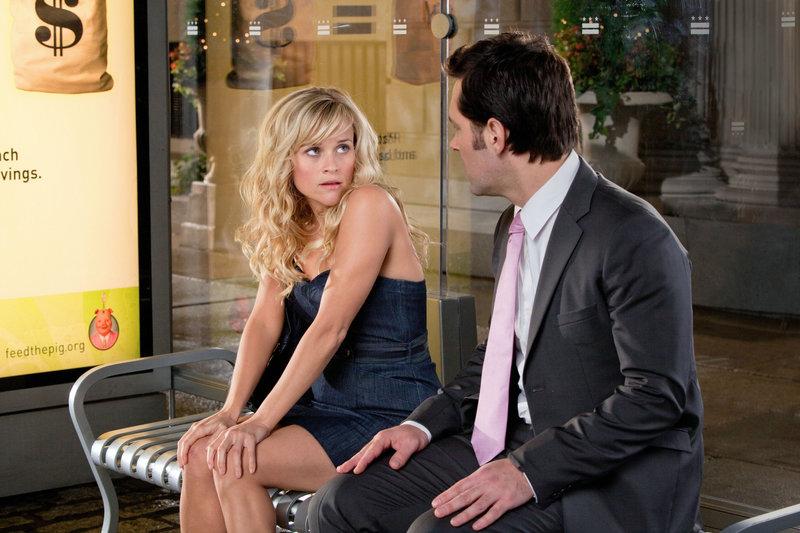 Reese Witherspoon (Lisa Jorgenson), Paul Rudd (George Madison). – Bild: ORF