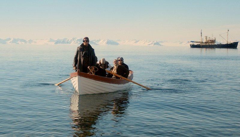 Die Polar-Expedition hat ihr Ziel erreicht , doch die Konflikte innerhalb der Gruppe schwelen – Bild: ARD Degeto/Riva Filmproduktion