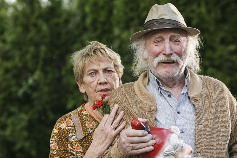 Toni (Ingrid Burkhard) und Mundl Sackbauer (Karl Merkatz) – Bild: Servus TV / BonusFilm