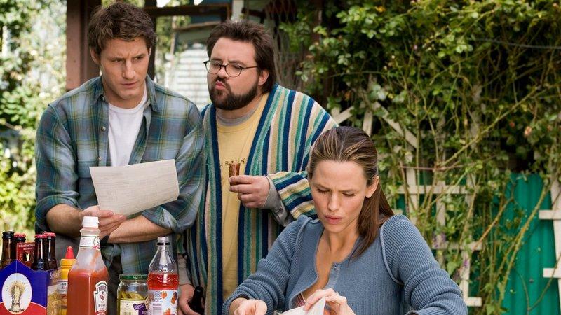Dennis (Sam Jaeger, li.), Sam (Kevin Smith) und Gray (Jennifer Garner)Dennis (Sam Jaeger, li.), Sam (Kevin Smith) und Gray (Jennifer Garner) – Bild: RTL II