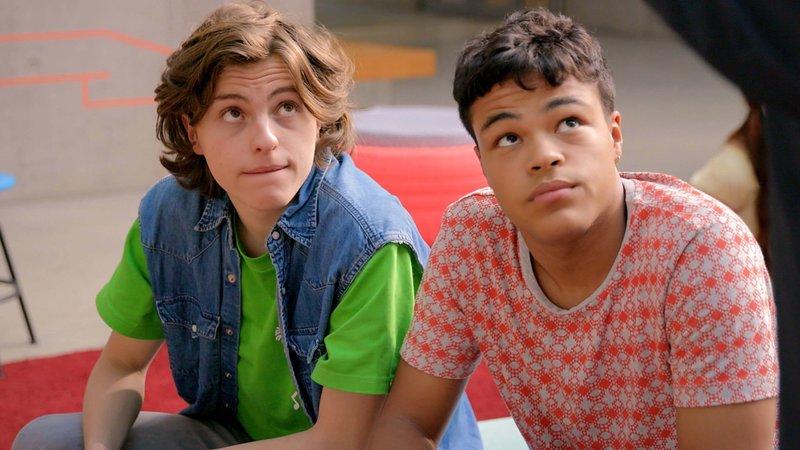L-R: Milan (Simon Zeller), Rocco (Malcom Meckert) – Bild: Nickelodeon