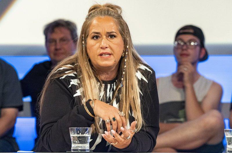 Zu Gast bei Sandra Maischberger: Idil Baydar (Kabarettistin) – Bild: WDR/Max Kohr