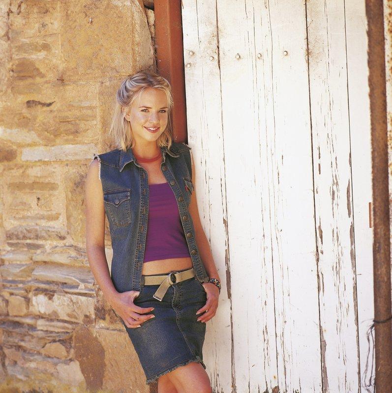 Becky Howard (Jessica Napier) – Bild: Servus TV