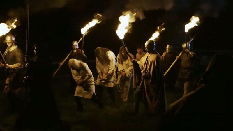 Unter Elizabeth I. sind erneut die Katholiken das Ziel der Verfolgung. Sie werden verhaftet und exekutiert. – Bild: ZDFinfo