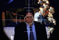 Nachdem Mulder (David Duchovny) ein Komplott der Regierung aufgedeckt hat, befindet er sich schon bald im Fadenkreuz eines Attentäters. – Bild: TM + © 2000 Twentieth Century Fox Film Corporation. All Rights Reserved. Lizenzbild frei