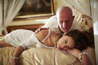 Semirs Tochter Dana (Gizem Emre) wurde mit Drogen gefügig gemacht und als Sexklavin an den lüsternen Beauchamp (Andreas Wellano) verkauft... – Bild: RTL