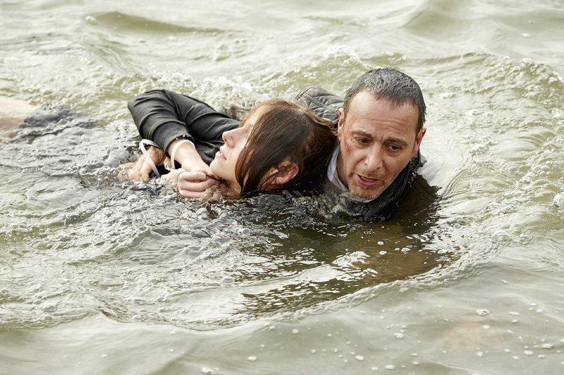 Kann Semir (Erdogan Atalay) Jenny (Katrin Heß) retten oder ist es bereits zu spät? – Bild: RTL