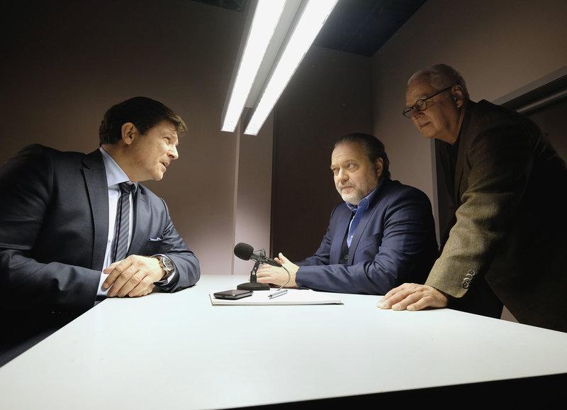 Der Notar steht unter Verdacht: Francis Fulton-Smith als Thomas Kirchmann, Jan-Gregor Kremp als Richard Voss, Michael Ande als Gerd Heymann – Bild: SF
