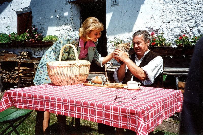 Mia Martin, Alfred Böhm. – Bild: ORF III