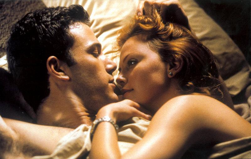 Charlize Theron, Ben Affleck – Bild: Archiwum/PAT / Vision