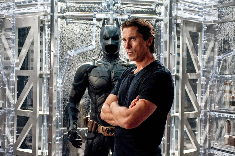 Christian Bale (Bruce Wayne / Batman). – Bild: ORF