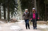Erni Mangold, Nina Saurugg. – © ORF III