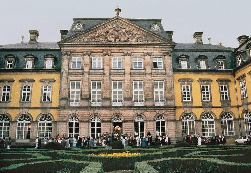 Das Schloss von Bad Arolsen. – Bild: NDR