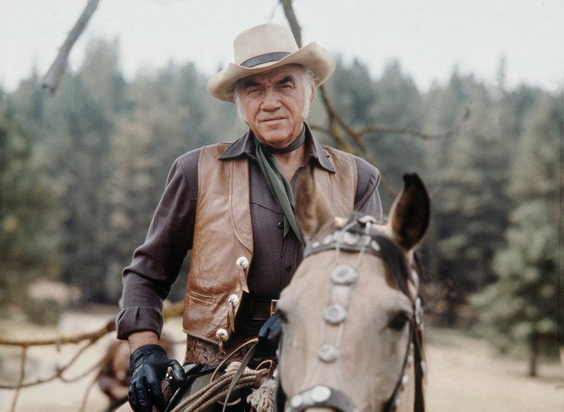 Als Großgrundbesitzer muss Ben Cartwright (Lorne Greene) hart im Leben sein. – Bild: Sat.1 Gold